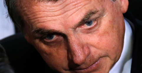 Placeholder - loading - Bolsonaro garante a Macron que Brasil permanecerá no acordo do clima, diz porta-voz