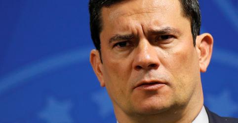 Placeholder - loading - Imagem da notícia Moro agradece apoio de Bolsonaro e diz que não desistirá da missão