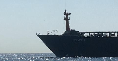 Placeholder - loading - Imagem da notícia Marinha britânica apreende petroleiro com destino à Síria em reforço a sanções