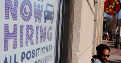 Placeholder - loading - Imagem da notícia Criação de vagas de trabalho nos EUA aumenta, mas ganho salarial permanece fraco