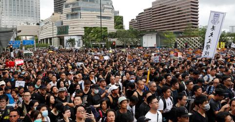 Líder de Hong Kong diz que lei de extradição está morta, mas críticos desconfiam