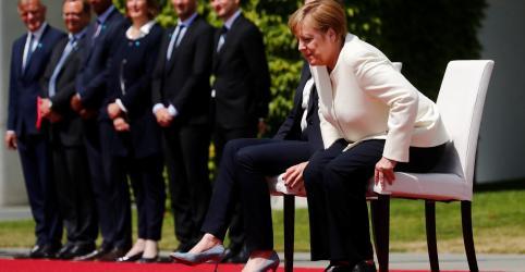 Placeholder - loading - Imagem da notícia Merkel quebra protocolo ao recepcionar primeira-ministra da Dinamarca após tremores