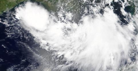 Nova Orleans se prepara para inundações; Trump declara emergência por tempestade Barry