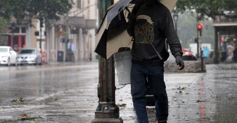 Furacão Barry muda rota e Nova Orleans espera chuvas menores