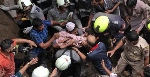 Placeholder - loading - Imagem da notícia Desabamento de prédio em Mumbai pode ter mais de 30 soterrados; 4 mortes confirmadas