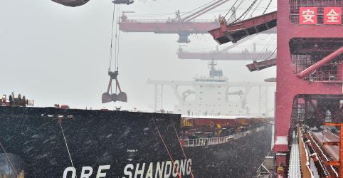 Placeholder - loading - Minério de ferro na China cai após estoques alcançarem máxima de mais de 1 mês