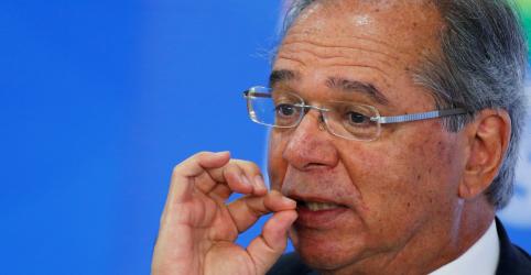 Placeholder - loading - Imagem da notícia Suspeitos de hackearem Moro podem ter invadido celular de Guedes, diz PF
