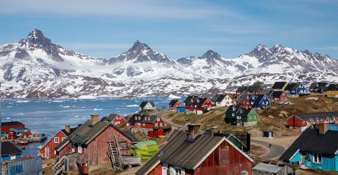 Placeholder - loading - Imagem da notícia Onda de calor recorde na Europa ameaça cobertura de gelo da Groenlândia