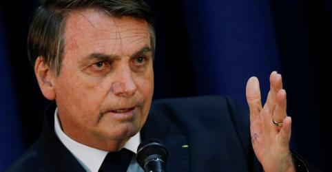 Placeholder - loading - Imagem da notícia ANÁLISE-Fábrica de polêmicas de Bolsonaro mistura personalidade com busca por pautar debate político