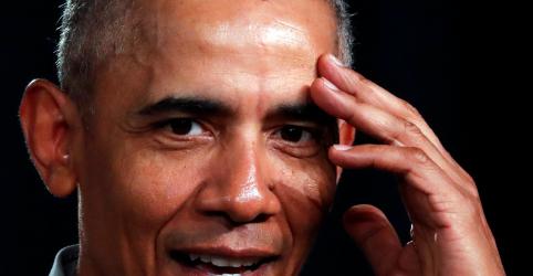 Em silêncio na corrida presidencial democrata, Obama é onipresente em debate