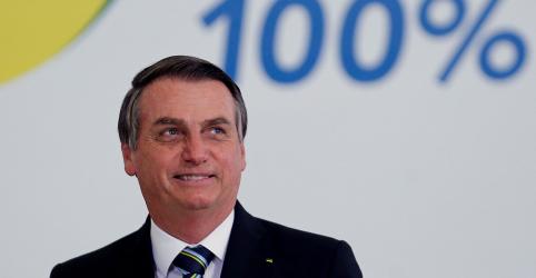 Placeholder - loading - Imagem da notícia CORREÇÃO-ENFOQUE-Bolsonaro apoia privatizações e embala sonhos e pesadelos sobre futuro da Petrobras