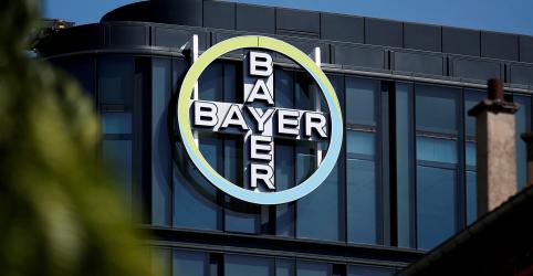 Placeholder - loading - Imagem da notícia Bayer não propôs pagar US$8 bi para encerrar casos sobre Roundup, diz mediador