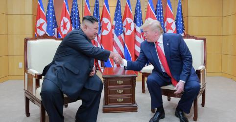 Placeholder - loading - Imagem da notícia Coreia do Norte dispara dois projéteis no mar na costa leste do país