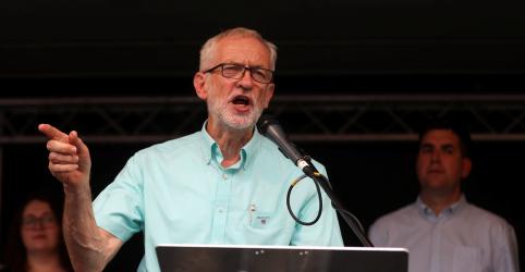 Placeholder - loading - Imagem da notícia Partido Trabalhista britânico promete derrubar Johnson e liderar governo provisório