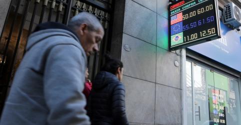 Fitch e S&P reduzem nota da Argentina com risco crescente de calote