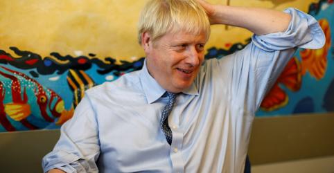 Johnson diz a Alemanha e França: façam um acordo para o Brexit