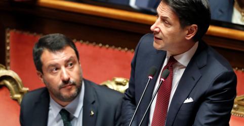 Placeholder - loading - Imagem da notícia Primeiro-ministro da Itália renuncia e culpa Salvini por afundar o governo