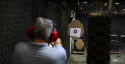 Placeholder - loading - Imagem da notícia Câmara aprova posse de arma em toda área da propriedade rural