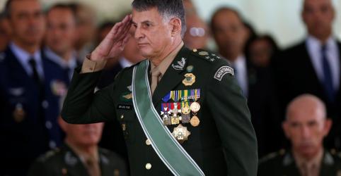 Placeholder - loading - Imagem da notícia Comandante do Exército alerta 'incautos' e diz que Brasil está pronto a defender Amazônia