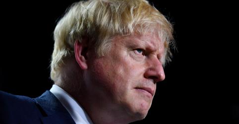 Placeholder - loading - Imagem da notícia Johnson irá limitar tempo de funcionamento do Parlamento antes do Brexit