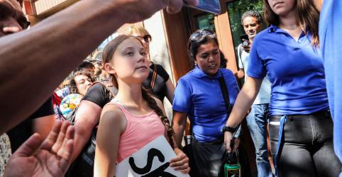 Placeholder - loading - Imagem da notícia Ativista sueca Greta Thunberg leva greve estudantil à entrada da ONU