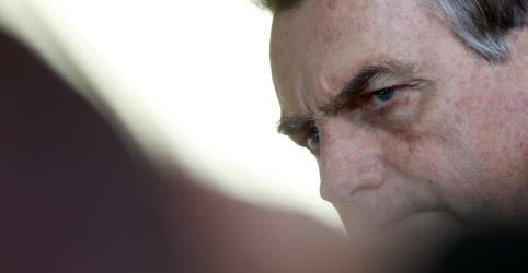 Placeholder - loading - Imagem da notícia Bolsonaro diz que agradecerá a Macron por ter feito o povo brasileiro conhecer Amazônia