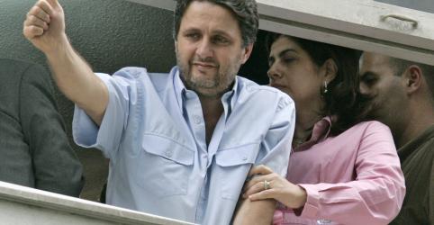 Placeholder - loading - Imagem da notícia Justiça do RJ revoga prisão dos ex-governadores Garotinho e Rosinha