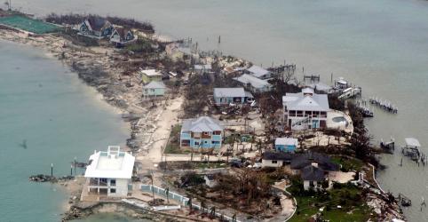 Placeholder - loading - Imagem da notícia Furacão Dorian segue para a Flórida após provocar destruição nas Bahamas
