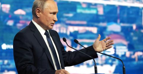 Placeholder - loading - Imagem da notícia Putin diz que Rússia vai fabricar novos mísseis após fim de acordo nuclear