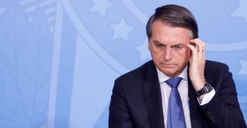 Placeholder - loading - Imagem da notícia Bolsonaro sanciona Lei de Abuso de Autoridade com 19 vetos