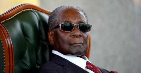 Robert Mugabe, líder da libertação do Zimbábue que massacrou rivais, morre aos 95 anos