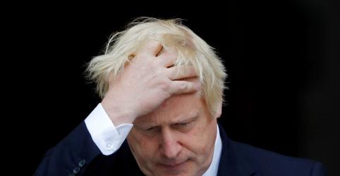 Placeholder - loading - Imagem da notícia Premiê Johnson promete fechar acordo e retirar Reino Unido da UE em 31 de outubro