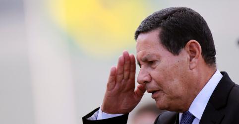 Placeholder - loading - Imagem da notícia Mourão diz que Bolsonaro decidiu demissão de Cintra por discussão pública sobre nova CPMF