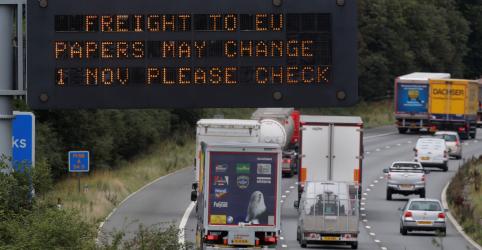 Placeholder - loading - Imagem da notícia Governo britânico divulga cenários com previsão de caos em Brexit sem acordo