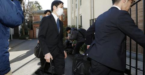 Placeholder - loading - Imagem da notícia Atraso em julgamento ajudou a induzir fuga de Ghosn do Japão, dizem fontes