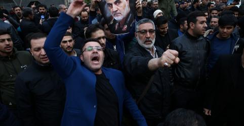 Placeholder - loading - EUA dizem que mataram general iraniano para impedir ataques contra norte-americanos; Irã promete vingança