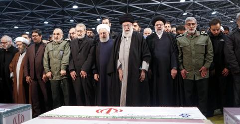 Placeholder - loading - Imagem da notícia CENÁRIOS-Da guerra à diplomacia, Irã avalia resposta ao assassinato de Soleimani
