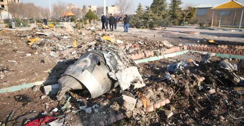 Irã não entregará caixa-preta de avião ucraniano à Boeing, diz agência Mehr