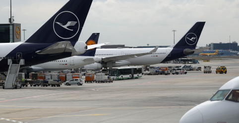 Placeholder - loading - Empresas aéreas desviam ou cancelam voos sobre Iraque e Irã após ataque a tropas dos EUA