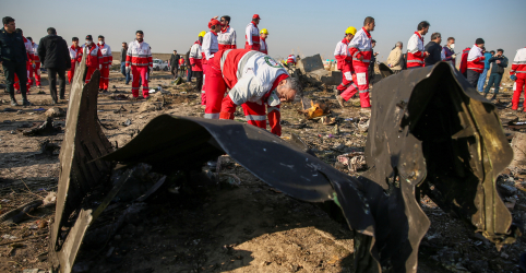 Problemas técnicos estão por trás de queda do jato da Boeing no Irã, dizem fontes de segurança