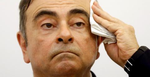 Placeholder - loading - Imagem da notícia Líbano proíbe Ghosn de viajar após depoimento, diz fonte