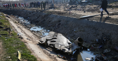 Placeholder - loading - Irã quer ficar responsável por caixa-preta após queda de avião ser atribuída a míssil