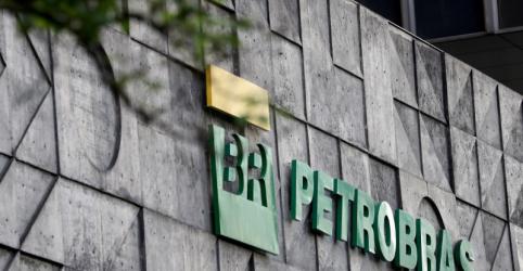 Placeholder - loading - Imagem da notícia Petrobras vai paralisar fábrica de fertilizantes no Paraná; demitirá 396 empregados
