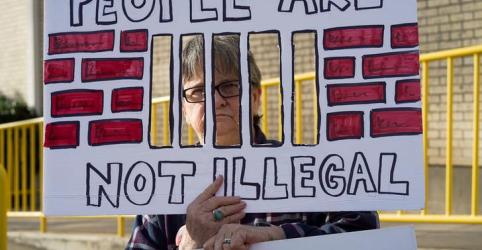 Placeholder - loading - Juiz decide a favor de governo Trump em caso de separação de famílias imigrantes