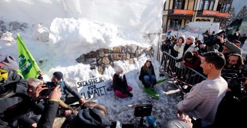 Placeholder - loading - Imagem da notícia Preocupação com o planeta domina encontro 'verde' de líderes em Davos
