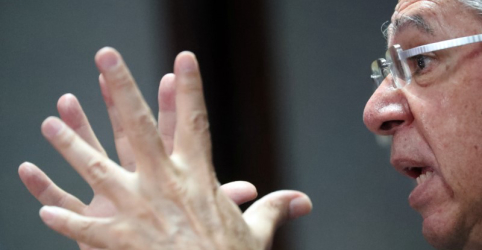 DAVOS-Pior inimigo do meio ambiente é a pobreza, diz Guedes