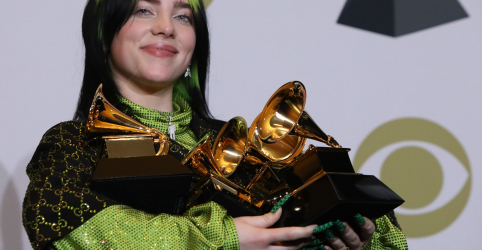 Placeholder - loading - Billie Eilish ganha principais prêmios e domina Grammy 2020