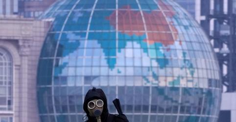 Placeholder - loading - Japão e EUA retiram cidadãos da China; número de mortos por vírus vai a 132