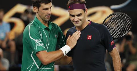 Placeholder - loading - Imagem da notícia Djokovic derrota Federer por 3 sets a 0 para chegar à final na Austrália