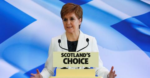 Placeholder - loading - Imagem da notícia Premiê da Escócia não descarta ir à Justiça para convocar votação consultiva sobre independência